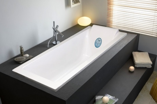 Мраморная ванна Marmo Bagno Ницца 180x80 с подголовником